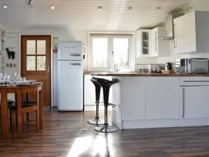 A kitchen or kitchenette at Amberley View