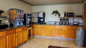A kitchen or kitchenette at FairBridge Inn Express Dillon