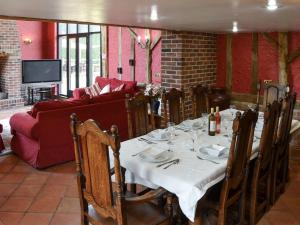 A restaurant or other place to eat at Clamp Farm Barn