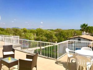 A balcony or terrace at Apartaments Marina Sol i Pins