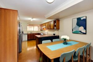 A kitchen or kitchenette at Carrington Terrace No 2 at South West Rocks