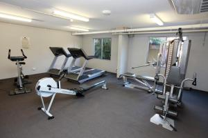 The fitness center and/or fitness facilities at Brisbane International Virginia