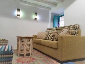 A seating area at Riad Puertas del Albaicín