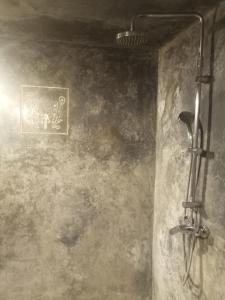 A bathroom at Dar Faracha Fes