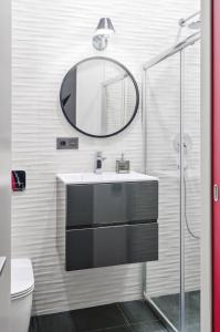 A bathroom at IQ-апартаменты в Москва-Сити