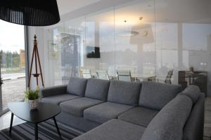 A seating area at Hotell Norrort