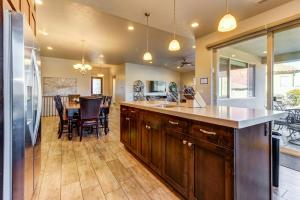 A kitchen or kitchenette at Private Pool Retreat: Paradise Village #17