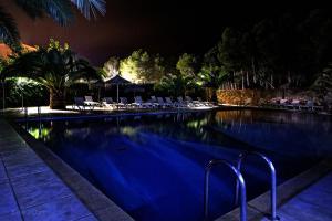 Der Swimmingpool an oder in der Nähe von Camping Ribamar