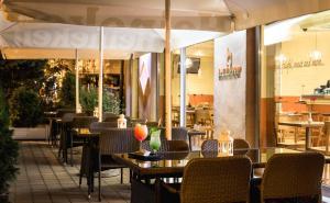 Εστιατόριο ή άλλο μέρος για φαγητό στο Leonardo Hotel Budapest