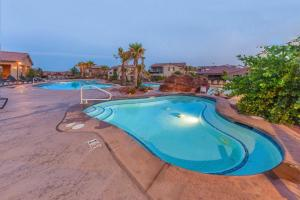 The swimming pool at or near Legacy Land: Paradise Village #70