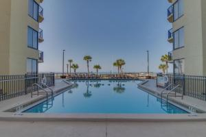 The swimming pool at or close to Sunbird #307W