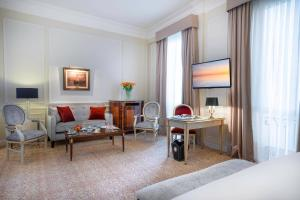 Un lugar para sentarse en Alvear Palace Hotel - Leading Hotels of the World