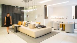 Ein Sitzbereich in der Unterkunft Hotel Denit Barcelona