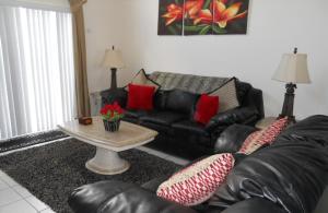A seating area at TS Vacation Homes