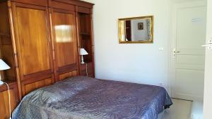 Un ou plusieurs lits dans un hébergement de l'établissement 1321 Route de l'Escalet villa les oliviers
