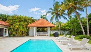 The swimming pool at or close to Casa de Campo Resort & Villas