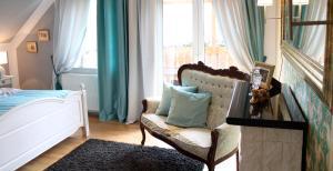 Ein Sitzbereich in der Unterkunft Gästehaus Gebauer