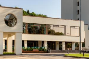 The building in which the health resort is located