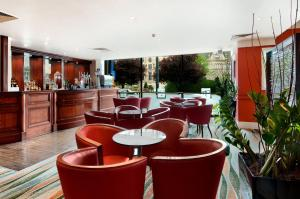 The lounge or bar area at The Bradford Hotel