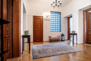 Letto o letti in una camera di Maiselova Apartment - Karolina