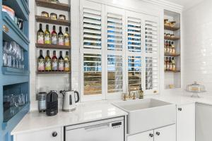 A kitchen or kitchenette at Block Eight Hunter Valley