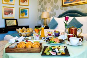 Breakfast options available to guests at Kempinski Nile Hotel, Cairo