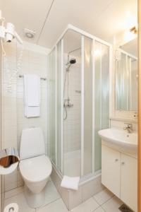 A bathroom at Hotel Ódinsvé