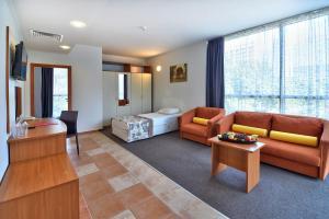 Кът за сядане в COOEE Мимоза Съншайн Хотел - Ол инклузив