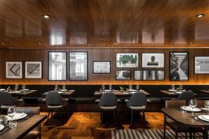 Um restaurante ou outro lugar para comer em Nomaa Hotel