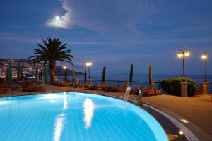 The swimming pool at or close to The Cliff Bay - PortoBay