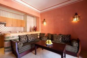 Coin salon dans l'établissement Mogador Menzah Appart Hôtel