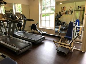The fitness center and/or fitness facilities at Mercure Haydock Hotel
