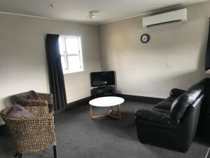 A seating area at Twizel Holiday Park