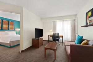 A television and/or entertainment centre at Residence Inn Las Vegas South
