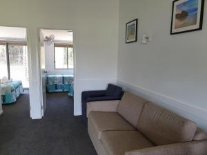 A seating area at Tuncurry Lakes Resort