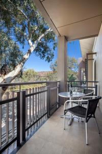 A balcony or terrace at Quest Alice Springs