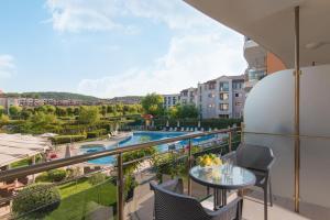 A balcony or terrace at Hotel Miramar - Half Board