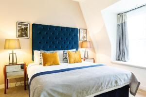 Ein Bett oder Betten in einem Zimmer der Unterkunft Native Monument