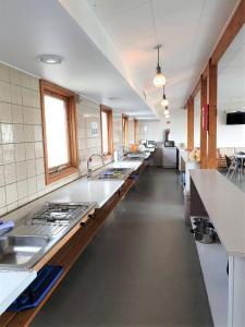 Køkken eller tekøkken på Nexø Camping & Cottages