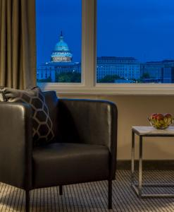 A seating area at Capitol Skyline