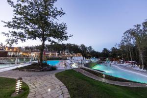 Piscina en o cerca de Orlando in Chianti Glamping Resort
