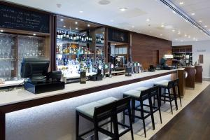 Lounge oder Bar in der Unterkunft Courtyard by Marriott Edinburgh