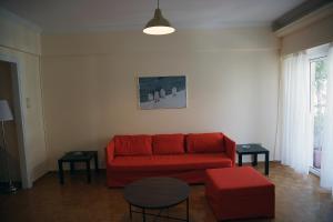 Posezení v ubytování Animi Remissio seductive 3 bedroom apartment close to metro and Acropolis