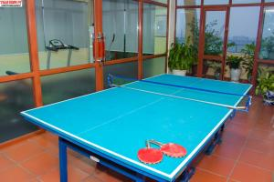 Ping-pong facilities at Lac Long Hotel Hai Phong or nearby