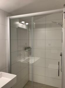 Een badkamer bij B&B Diemerplein