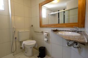 A bathroom at Mar Hotel Rio Vermelho
