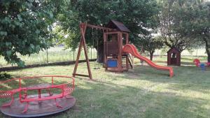 Area giochi per bambini di SCHITO 114 Country Life