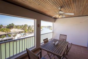 A balcony or terrace at Total View Apartment