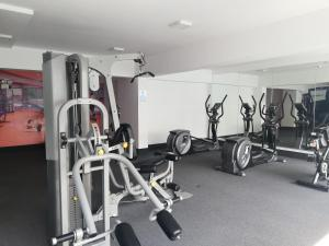 The fitness centre and/or fitness facilities at Colibrí