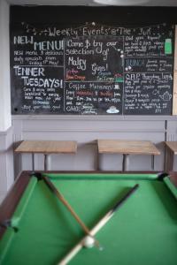 A pool table at The Sun Inn At Hook Norton